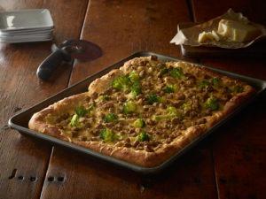 chicken_sausage_and_broccoli_deep_dish_pan_pizza1
