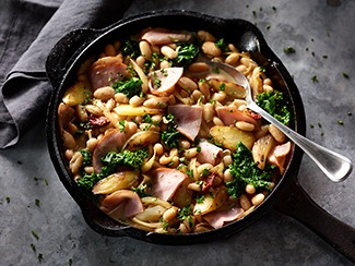 Canadian Bacon Braised Cannellini Beans