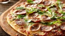 Sliced Italian Sausage & Arugula Pizza